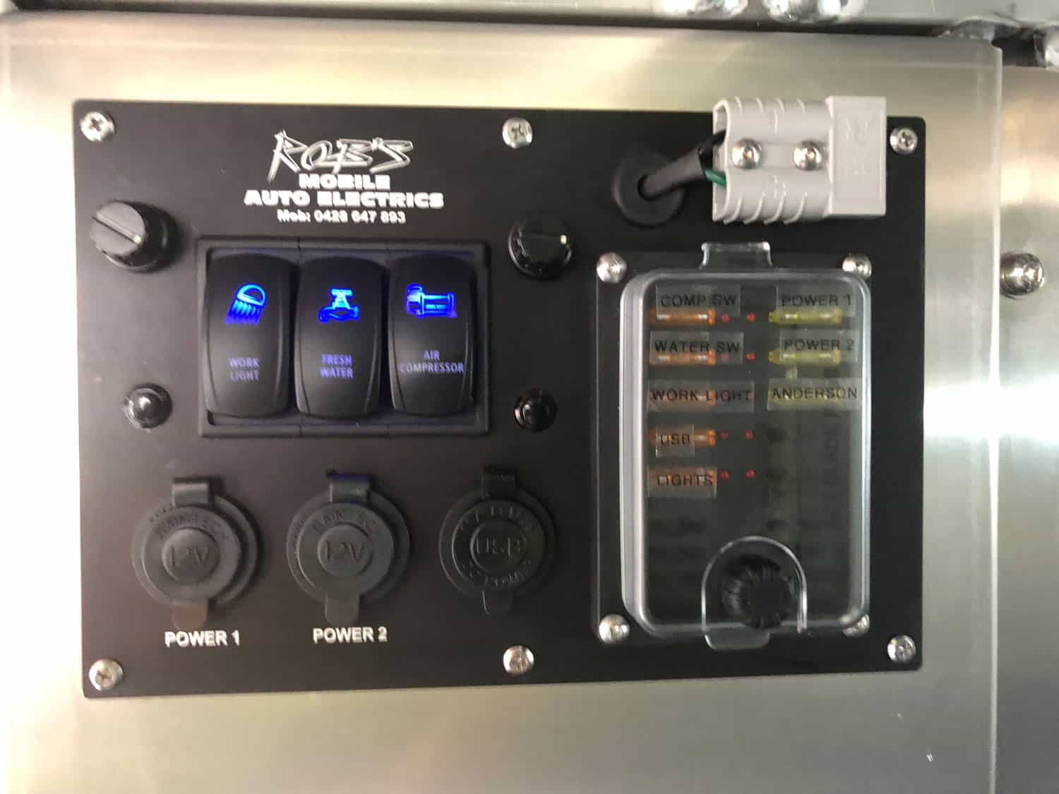 Past Projects Robs Mobile Auto Electrics Wiring Work Lights This Power Panel Comes With Water Pump And Compressor Switches All Mounted In The One Spot Dual Colour Led Strip Canopy Doors